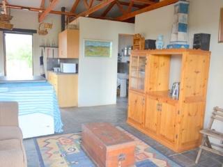 Lechwe Cottage - Lounge